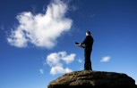 """Εικόνα για το άρθρο """"Σχεδόν η μία στις δύο επιχειρήσεις αναγνωρίζει τα πλεονεκτήματα του cloud"""""""