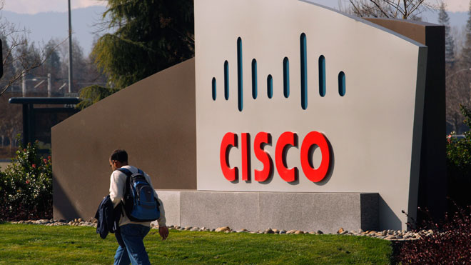 Cisco-Logo-at-Headquarters