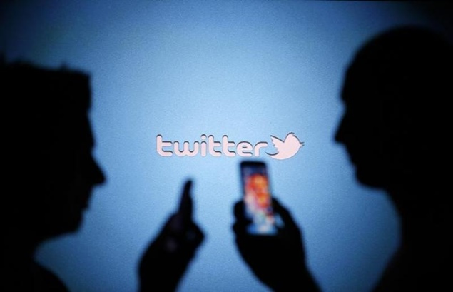 twitter-mobile-background-reuters-635