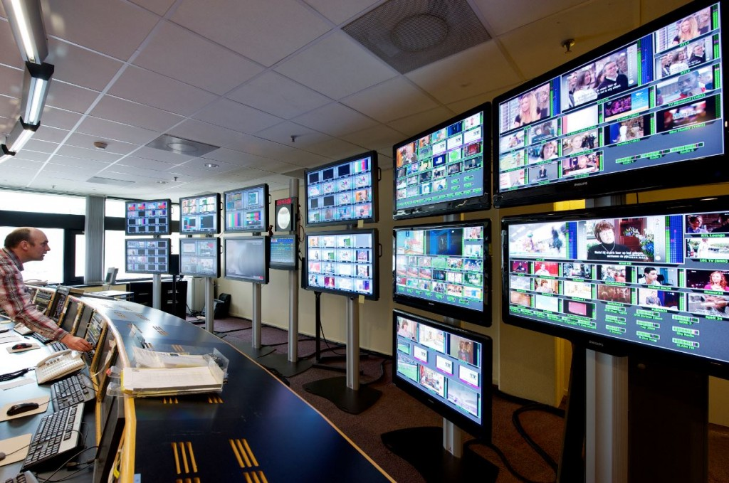 ericsson-broadcast-and-media-services-master-control-room