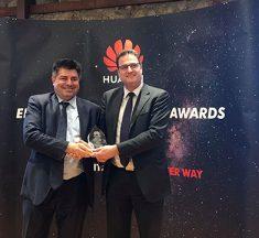 Η Cosmos Business Systems βραβεύεται από τη Huawei ως Enterprise Partner of the Year